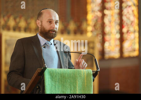 Rostock, Germany. 12th Nov, 2019. Yuriy Kadnykov, state rabbi in Mecklenburg-Vorpommern, speaks to those present during the service in the university church. The 600th founding day of the University of Rostock is ushered in with an ecumenical service in the University Church. Credit: Danny Gohlke/dpa/Alamy Live News - Stock Photo