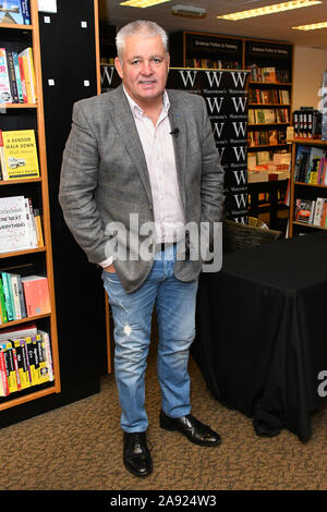 London, UK. 12th Nov, 2019. Warren Gatland, former rugby player for New Zealand and former head coach of Wales signs copies of his new book, Warren Gatland: My Autobiography, at Waterstones Canary Wharf London, UK - 12 November 2019 Credit: Nils Jorgensen/Alamy Live News - Stock Photo
