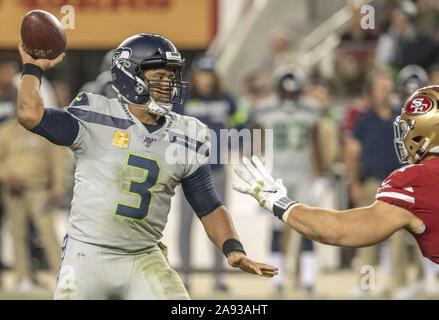 Santa Clara, California, USA. 11th Nov, 2019. Seattle Seahawks quarterback Russell Wilson (3) on Monday, November 11, 2019, at Levis Stadium in Santa Clara, California. The Seahawks defeated the 49ers 27-24 in Over Time. Credit: Al Golub/ZUMA Wire/Alamy Live News - Stock Photo