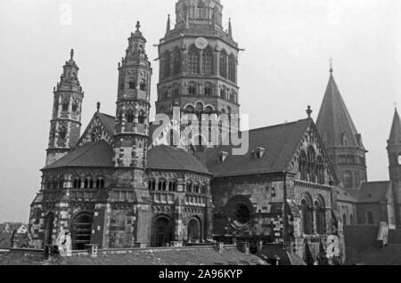 Der Hohe Dom Sankt Martin zu Mainz, Deutschland 1961. Mainz cathedral of Saint Martin, Germany 1961. - Stock Photo