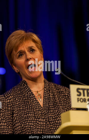 First Minister Nicola Sturgeon & Mhairi Black Paisley November 12th 2019 - Stock Photo