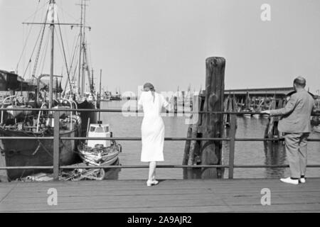 A young woman out and around at Cuxhaven, Germany 1930s. - Stock Photo