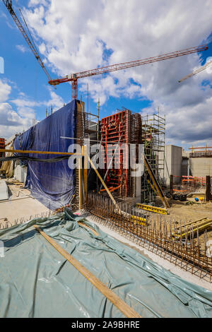 09.07.2019, Oberhausen, North Rhine-Westphalia, Germany - Emscher conversion, new construction of the Emscher AKE sewer, here at the Oberhausen pumpin - Stock Photo