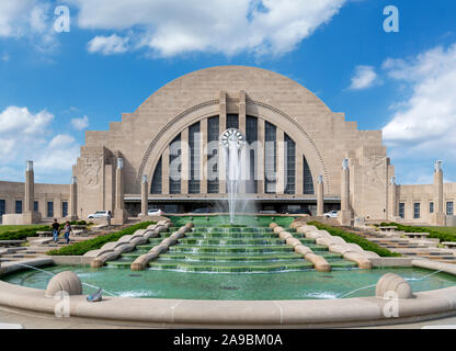 Union Station, Cincinnati, Ohio, USA. The station, a fine example of Art Deco architecture, is also a museum center. - Stock Photo