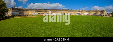 A panoramic view of the magnificent terraced Georgian architecture of the Royal Crescent in the city of Bath, Somerset. - Stock Photo