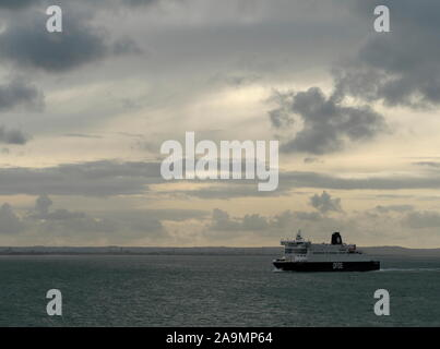 AJAXNETPHOTO. 15TH OCTOBER, 2019. CHANNEL, ENGLAND.- CROSS CHANNEL CAR AND PASSENGER FERRY DFDS DOVER SEAWAYS ON PASSAGE TO DUNKERQUE.PHOTO:JONATHAN EASTLAND/AJAX REF:GX8_191510_20925 - Stock Photo