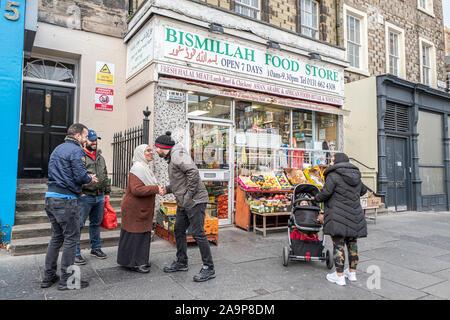 Edinburgh, Lothian, Scotland, UK. 30th October 2019. People go about their daily business on South Clerk Street in Edinburgh. - Stock Photo