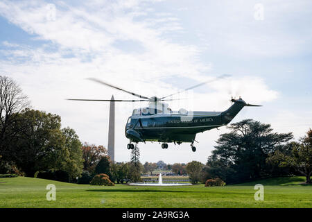Marine One carrying President Donald J. Trump and First Lady Melania Trump lifts-off from the South Lawn of the White House Saturday, Nov. 9, 2019, to begin their trip to attend the University of Alabama -Louisiana State University football game in Tuscaloosa, Ala. - Stock Photo