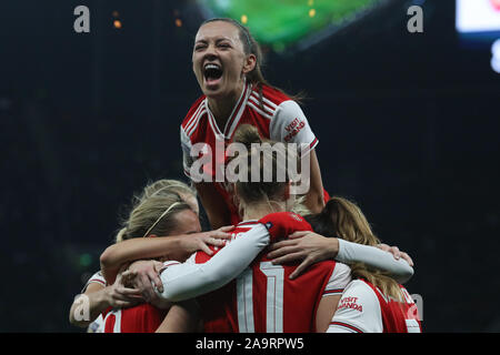 London, UK. 17th Nov, 2019. LONDON, UNITED KINGDOM NOVEMBER 17. The Arsenal team celebrate their second goal during Barclays FA Women's Super League between Tottenham Hotspur and Arsenal at Tottenham Hotspur Stadium, London, UK on 17 November 2019 Credit: Action Foto Sport/Alamy Live News - Stock Photo