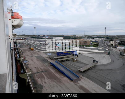 AJAXNETPHOTO. 2019. DUNKERQUE, FRANCE. - FERRY TERMINAL - INFRASTRUCTURE AND PORT OFFICE COMPLEX.PHOTO:JONATHAN EASTLAND/AJAX REF:GX8_191510_20907 - Stock Photo