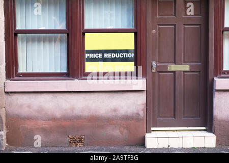 House price reduction in poor council town with population in decline - Stock Photo