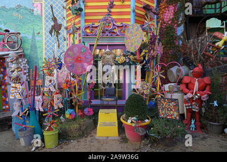 PITTSBURGH - NOVEMBER 2019: Randyland is a popular free attraction, a flamboyant outdoor extravaganza of random junk as pop art in the artist's backya - Stock Photo