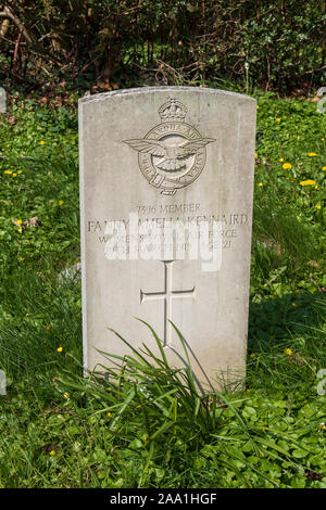 Women's Royal Air force grave of Fanny Amelia Kennaird, died 1919, Commonwealth Graves. Wadhurst, East Sussex, UK - Stock Photo