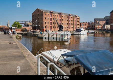 Gloucester Docks, Victoria Dock, restored,  Waterfront area,  boats, Gloucestershire, England, UK - Stock Photo
