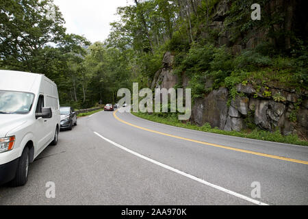 parking in layby on parkway us 441 highway route through great smoky mountains national park usa - Stock Photo