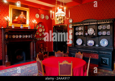 One of the rooms of Leighton House Museum in London, UK - Stock Photo