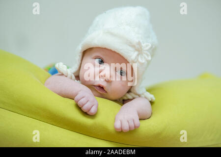 Baby mit Haube - baby - Stock Photo