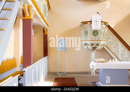 Bundesrepublik Deutschland,Hessen,Greifenstein,Barockkirche (pr), bei Veröffentlichung angeben: 'Glockenwelt Burg Greifenstein' - Stock Photo