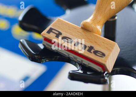 Stempel mit Aufschrift Rente - Stock Photo