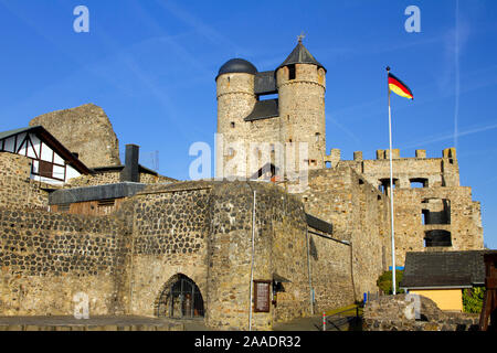 Bundesrepublik Deutschland, Hessen, Greifenstein, Glockenwelt, Burg Greifenstein,  (pr) bei Veröffentlichung angeben: 'Glockenwelt Burg Greifenstein' - Stock Photo