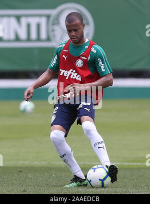 SÃO PAULO, SP - 21.11.2019: TREINO DO PALMEIRAS - Mayke from SE Palmeiras during training at the Football Academy. (Photo: Cesar Greco/Fotoarena) - Stock Photo