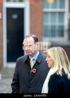 Norman Smith (BBC Assistant Political Editor) with Vicki Young (Chief Political Correspondent) in Downing Street, London, UK, November 2019 - Stock Photo