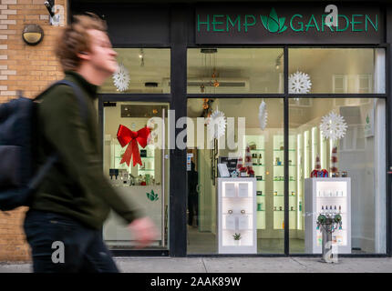 Hemp Garden, a store selling hemp and CBD infused products in Greenwich Village in New York on Friday, November 15, 2019. CBD is the non-psychoactive component of marijuana as opposed to tetrahydrocannabinol (THC) which is the stuff that gets you high, not to mention being illegal at this time. (© Richard B. Levine) - Stock Photo