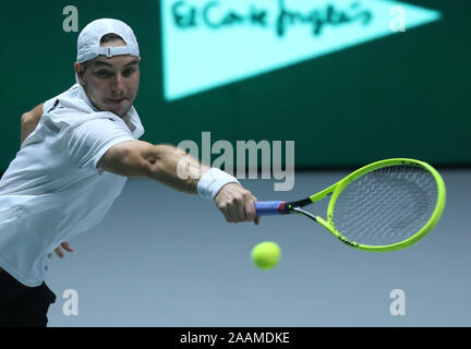 Madrid, Spain. 22nd Nov, 2019. The tennis player Jan-Lennard from Germany plays versus D. Evans fron Great Britain, for Quarterfinals of Davis Cup, in Madrid, Spain, november 22h., 2019. Credit: Cézaro De Luca Credit: Cezaro De Luca/dpa/Alamy Live News - Stock Photo