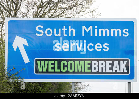 South Mimms Services road sign on the A1 towards the M25.