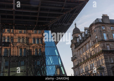 Facade of Queen Street station in Glasgow - Stock Photo