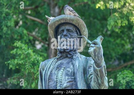 Leineweber-Denkmal, Altstädter Kirchplatz, Bielefeld, Nordrhein-Westfalen, Deutschland - Stock Photo
