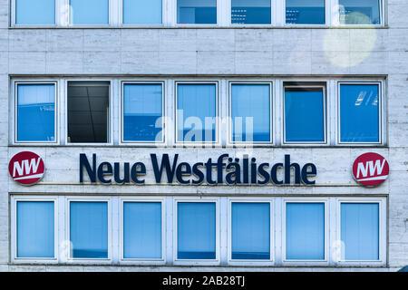 Werbung Tageszeitung Neue Westfälische, Jahnplatz, Bielefeld, Nordrhein-Westfalen, Deutschland - Stock Photo