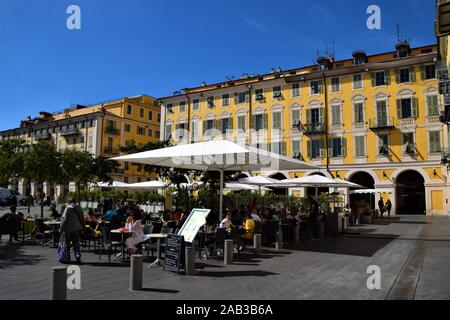 Place Garibaldi restaurants and cafes - Stock Photo