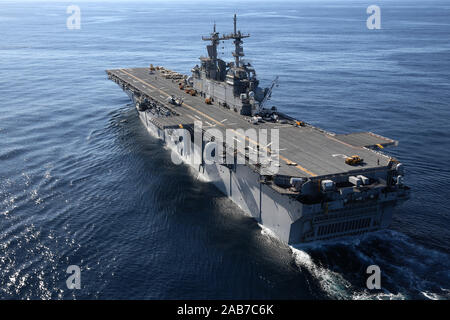 (Jan. 19, 2013) The amphibious assault ship USS Kearsarge (LHD 3) is underway conducting sea trials in preparation for a scheduled deployment. - Stock Photo