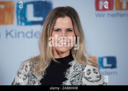 Michaela SCHAFFRATH, Actress, Portrait, PortrÃ_t, Portrait, Cropped Frame, Single Subject, 24th RTL Spendenmarathon 'Wir helfen Kindern', TV, 21.-22.11.2019. | Usage worldwide - Stock Photo