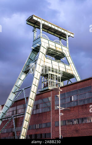 Double trestle pit frame over shaft 7 of the disused Ewald mine in Herten, - Stock Photo