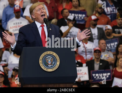 Sunrise, United States. 26th Nov, 2019. United States President Donald J. Trump speaks to supporters during a 'Keep America Great' Homecoming Rally at the BB&T Center, in Sunrise, Florida on Tuesday, November 26, 2019. Photo by Gary I Rothstein/UPI Credit: UPI/Alamy Live News - Stock Photo