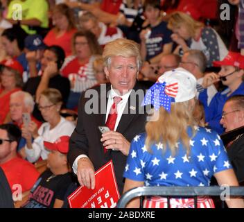 Sunrise, United States Of America. 26th Nov, 2019. SUNRISE, FLORIDA - NOVEMBER 26: Atmosphere attends a homecoming campaign rally for U.S. President Donald Trump at the BB&T Center on November 26, 2019 in Sunrise, Florida. People: Atmosphere Credit: Storms Media Group/Alamy Live News - Stock Photo