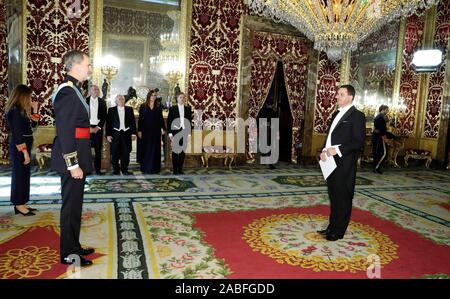 Madrid, Spain. 27th Nov, 2019. King Felipe VI of Spain (L) receives credentials from new Ambassador of Hungary in Spain, Laszlo Odrobina (R), at the Royal Palace in Madrid, Spain, 27 November 2019. Credit: Zipi/EFE/Alamy Live News - Stock Photo