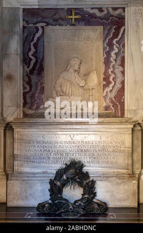 Ravenna, Italy - Sept 11, 2019: The monumental tomb of the most famous italian poet Dante Alighieri in Ravenna, Emilia Romagna, Italy. - Stock Photo