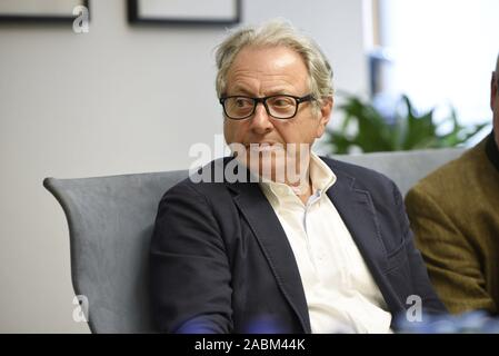 City councillor Marian Offmann (m.) announces his change from CSU to SPD at a press conference of the SPD in Munich. [automated translation] - Stock Photo
