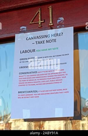 Canvassers Please Take Note - Note to General Election Candidates,printed note on front door,urban housing,Labour,Green,Conservative,Brexit Party,LD - Stock Photo