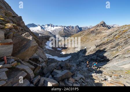 View from the Mörchenscharte pass to Mount Turnerkamp, Mount Großer Möseler, Waxegkees and Hornkees glacier, Ziller valley, Tyrol, Austria - Stock Photo