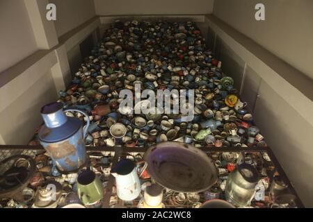Oswiecim, Poland. 30th Nov, 2019. A dishes, pots taken away from prisoners seen inside the museum at Auschwitz I camp.In two months, the 75th anniversary of the liberation of Auschwitz. The biggest German Nazi concentration and extermination camp KL Auschwitz-Birkenau was liberated by the Red Army on 27 January 1945. Credit: Damian Klamka/ZUMA Wire/Alamy Live News - Stock Photo