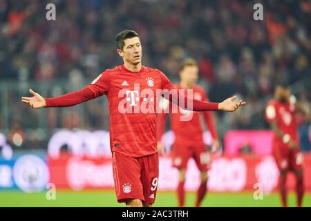 Munich, Germany. 30th Nov, 2019. Football FC Bayern Munich - Leverkusen, Munich November 30, 2019. Robert LEWANDOWSKI, FCB 9 FC BAYERN MUNICH - BAYER 04 LEVERKUSEN - DFL REGULATIONS PROHIBIT ANY USE OF PHOTOGRAPHS as IMAGE SEQUENCES and/or QUASI-VIDEO - 1.German Soccer League, Munich, November 30, 2019 Season 2019/2020, matchday 11, FCB, München Credit: Peter Schatz/Alamy Live News - Stock Photo