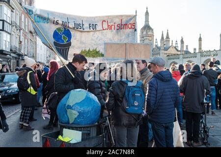 Cambridge, UK. 29th November, 2019. YouthStrike4Climate and the Cambridge Schools Eco Council attended the global climate action day, with the theme of the strike 'Opposing Overconsumerism' to mark Black Friday. CamNews / Alamy Live News - Stock Photo