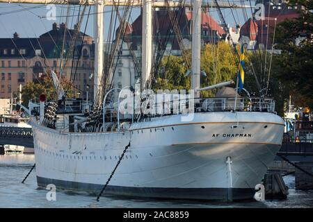 Old sailboat Af Chapman converted into a hostel next to Skeppsholmen, Stockholm, Sweden - Stock Photo