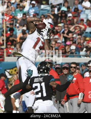 Jacksonville, United States. 01st Dec, 2019. Buccaneers Receiver Mike Evans makes a reception during the second quarter as the Tampa Bay Buccaneers play the Jacksonville Jaguars at the TIAA Bank Field in Jacksonville, Florida on Sunday, December 1, 2019. The reception was called back as the receiver landed out of bounds. The Buccaneers defeated the Jaguars by a score of 28-11.Photo by Joe Marino/UPI Credit: UPI/Alamy Live News - Stock Photo