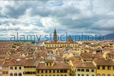 High-angle view of Basilica di Santo Spirito in the Oltrarno quarter, Florence (Firenze), Tuscany, Italy, Europe. - Stock Photo