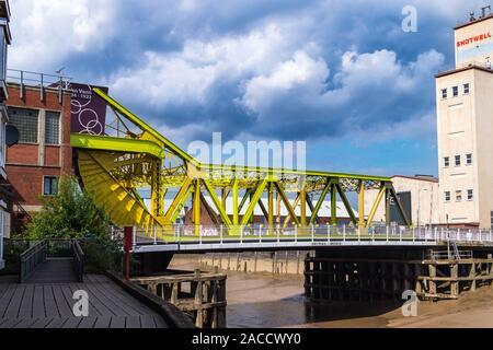 Drypool Bridge, Scherzer rolling lift bascule bridge, 1961, River Hull, Kingston upon Hull, East Riding, Yorkshire, England - Stock Photo
